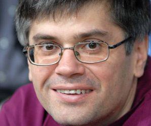 Dnes aktuálne srbský spisovateľ Aleksandar Čortić