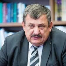 Dnes aktuálne známy slovenský historik a politik Anton Hrnko