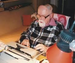 Dnes aktuálne spisovateľ, publicista, recenzista a významný slovenský humorista  Milan Kenda