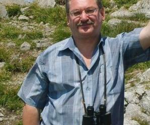 Dnes aktuálne slovenský spisovateľ a humorista JÁN GREŠÁK