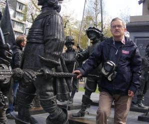 Dnes aktuálne súčasný významný slovenský umelec a najmä humorista Alexander Scholz